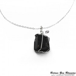 Collier avec pendentif en tourmaline naturelle - Bijoux zen Réunion